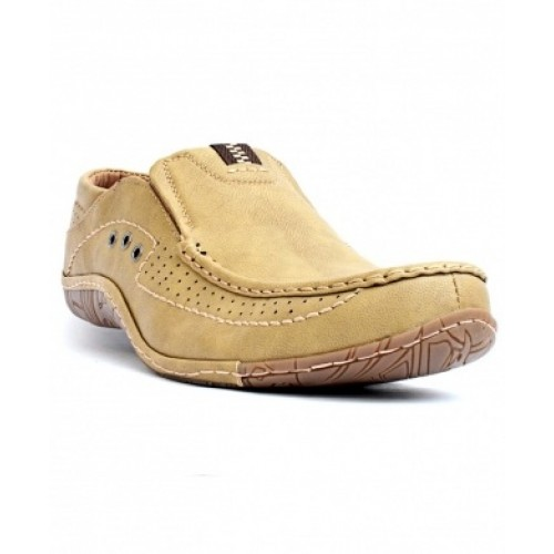 Casual Shoes Camel Stitched Dotted SYB-592 price in Pakistan