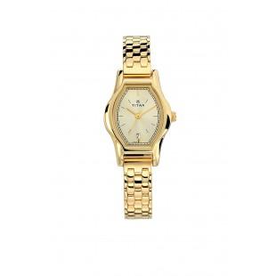Titan Karishma Womens Watch Golden (2597YM01) price in Pakistan